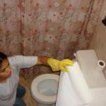 Zapałka przeciw wyziewom z WC