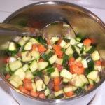 Aromatyczna zupa jarzynowa
