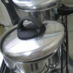 Osad w naczyniu do gotowania jaj