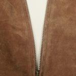 Konserwacja odzieży z tkanin imitujących zamsz