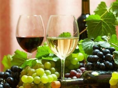 Gdzie kupić dobre różowe wino do trzydziestu złotych?