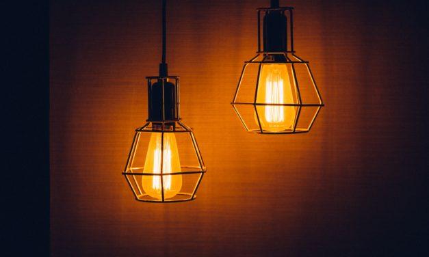 Minimalistyczne oświetlenie – piękno w prostocie