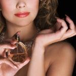 Jak dobrze dobrać perfumy? Krótki przewodnik po świecie zapachów