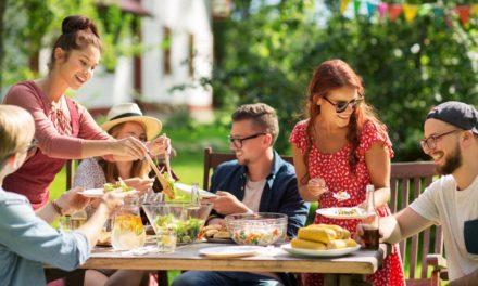 Jak urządzić imprezę w ogrodzie?