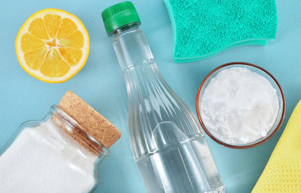 Ekologiczne środki czystości domowej roboty – przepis na oszczędność