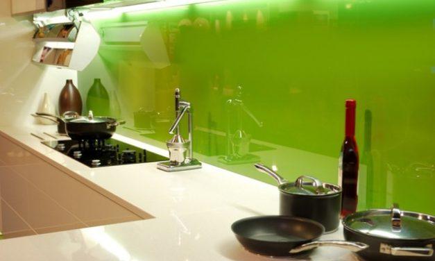 Mity na temat paneli szklanych
