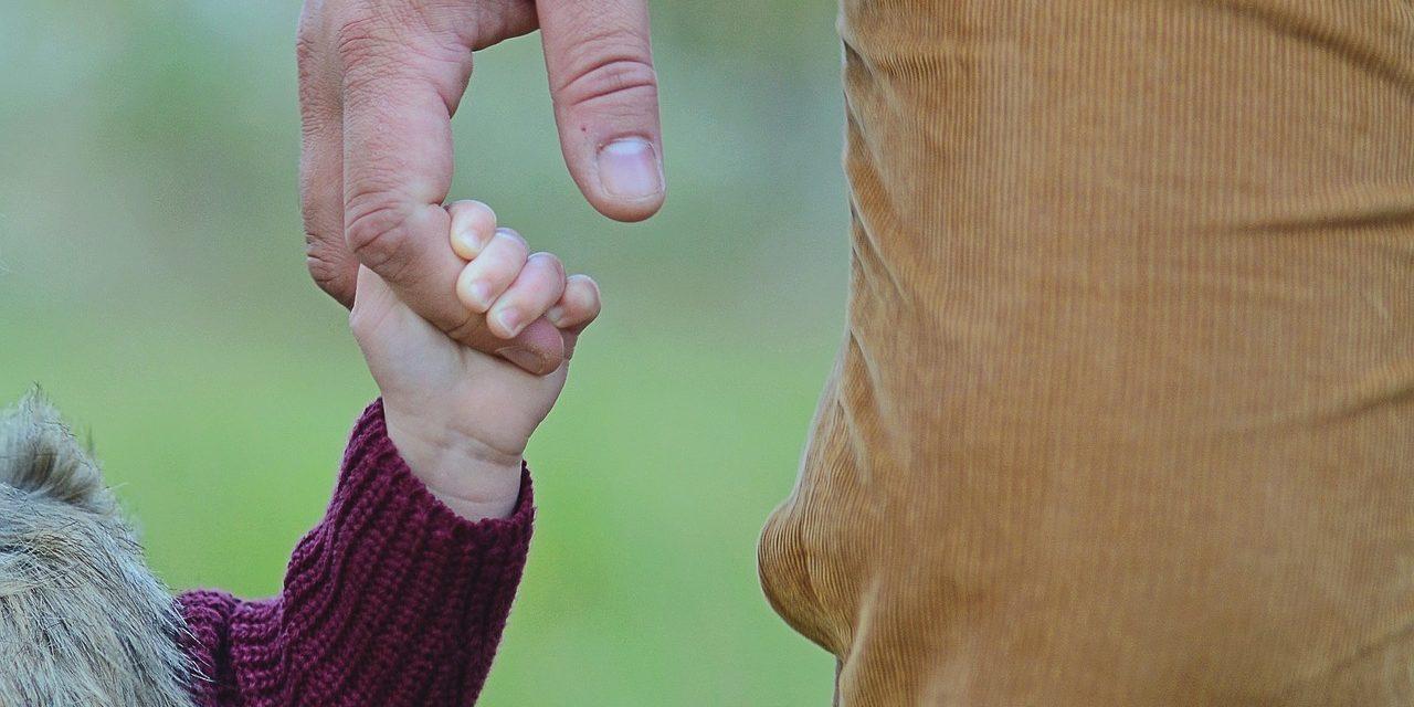 6 faktów na temat ustalenia ojcostwa