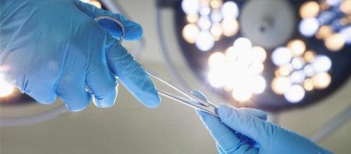 Jak poprawić estetykę zębów? Profesjonalne zabiegi stomatologiczne