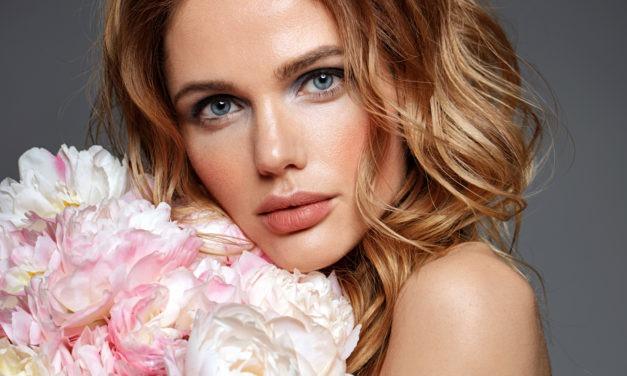 Jak pomalować oczy, aby makijaż przetrwał cały dzień?