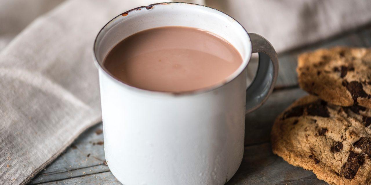 Koktajle, jakich nie znałeś – odkryj wyjątkowe napoje z kawą i kakao