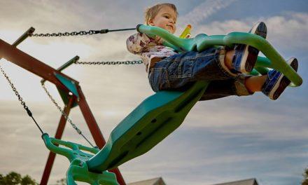 Czy plac zabaw musi być ogrodzony?