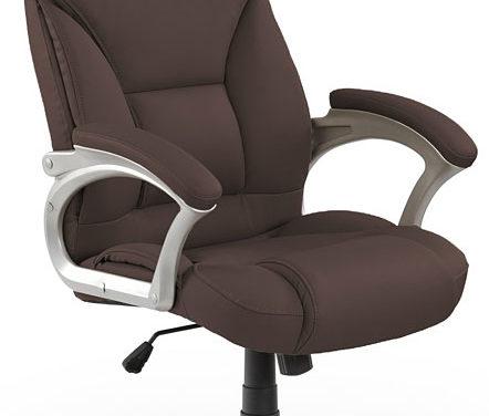 Jak wybrać wygodny i zdrowy fotel do biurka?