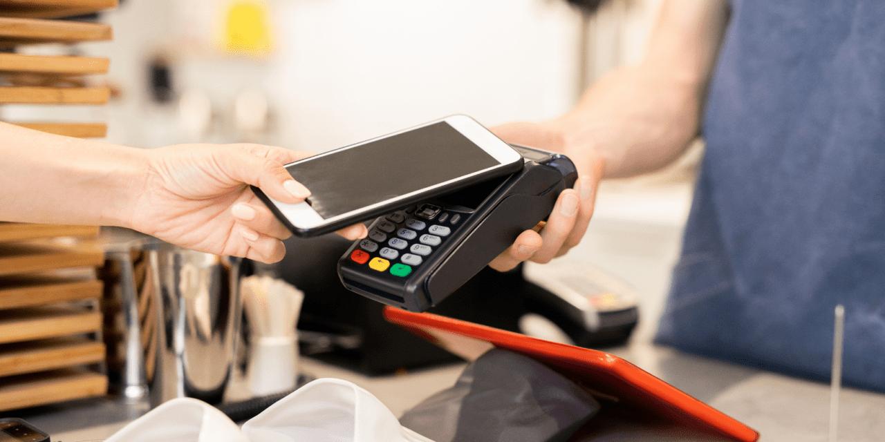 Jak płacić telefonem? Instrukcja krok po kroku
