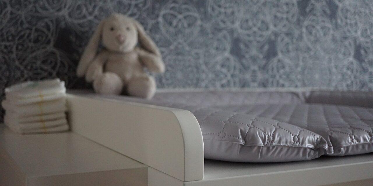 Materiał minky – sprawdź, z jakimi tkaninami go łączyć w projektach dziecięcych